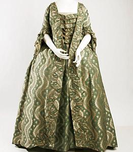 1750-75, Robe à la francaise, Metropolitan Museum, New York