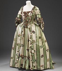 1760-70, Robe à la francaise, Victoria & Albert Museum London