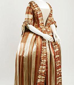 1770, Robe à la francaise, Metropolitan Museum, New York