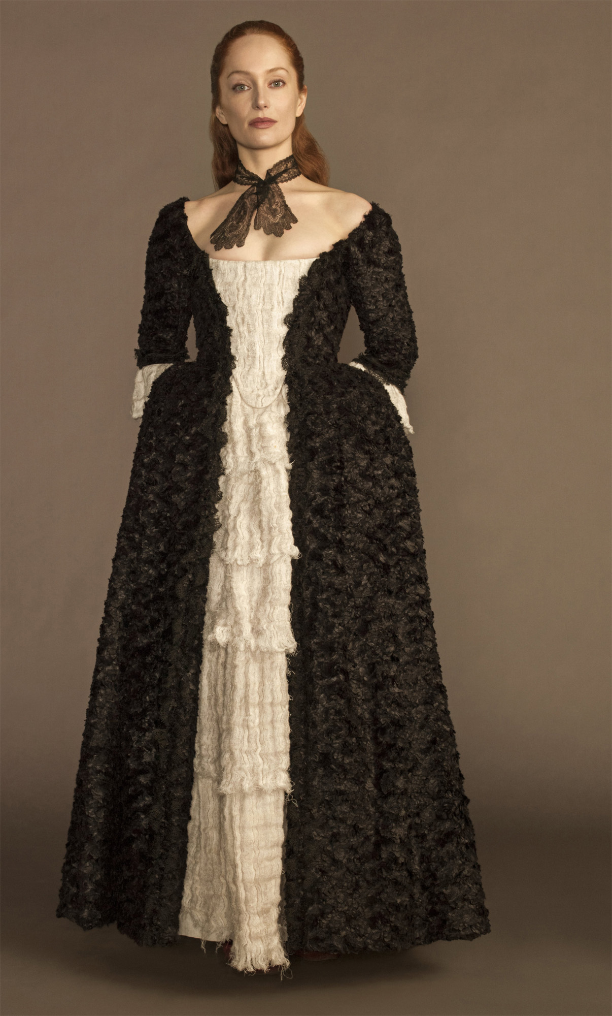 Outlander . Season 1 . Geillis black dress