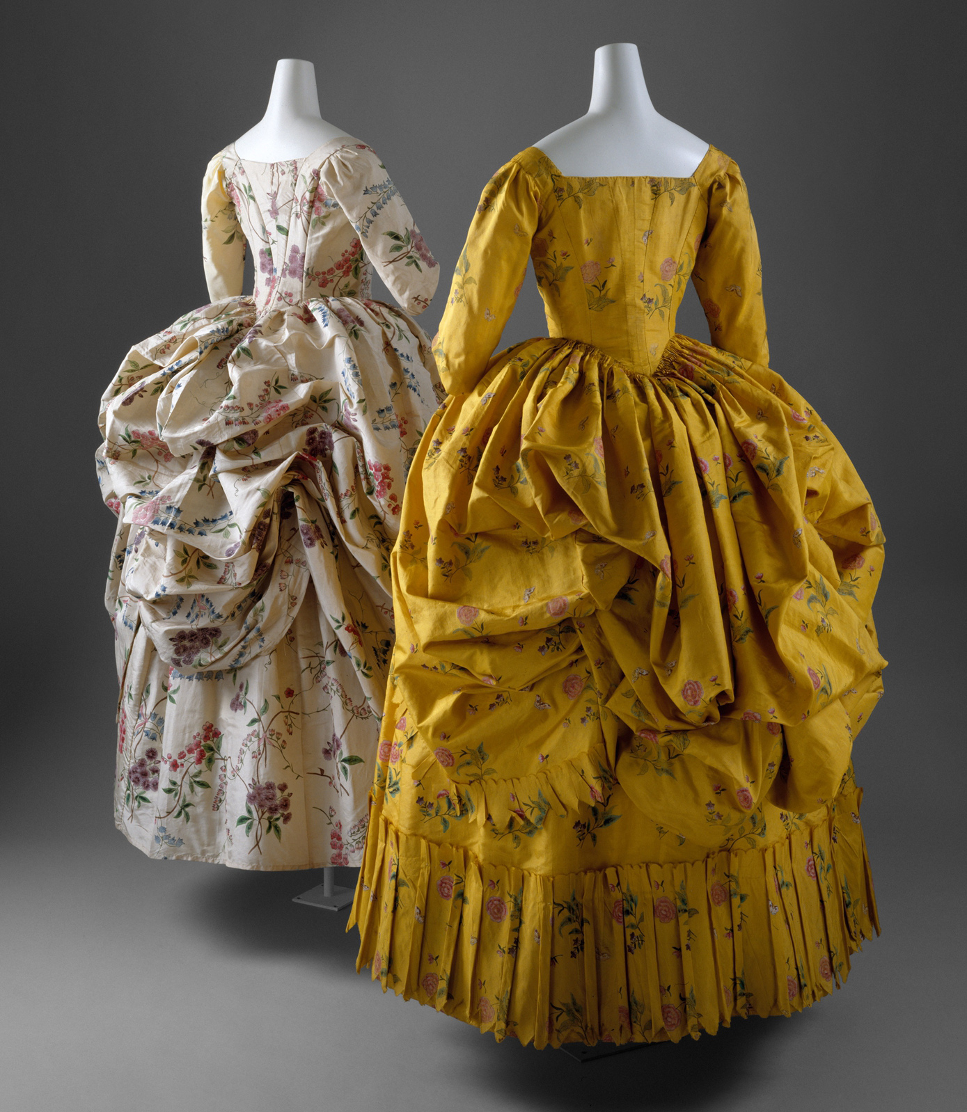 1780c, Robe à la polonaise, Metropolitan Museum