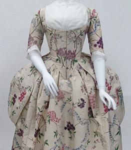 1780, Robe a la polonaise, Metropolitan Museum