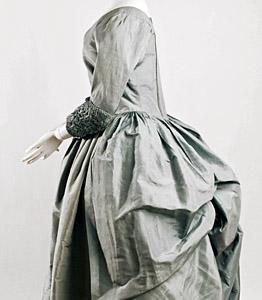 1780ca, Robe a la polonaise, Metropolitan Museum